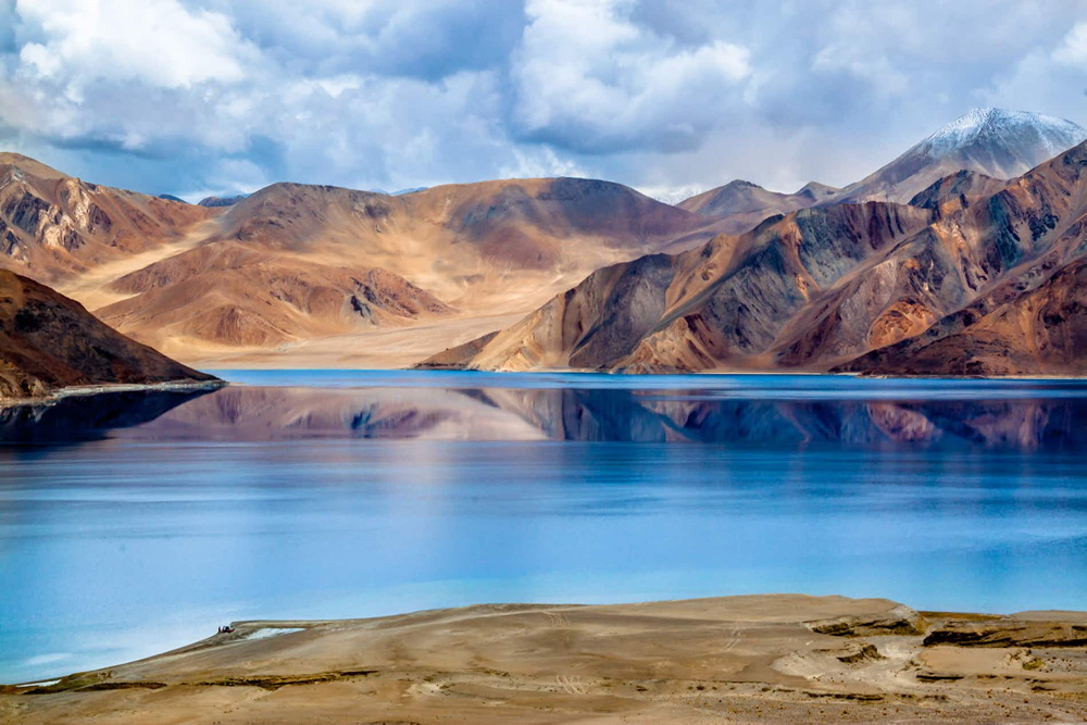 Day 03 : Drive from Leh – PangongTso Lake – Leh